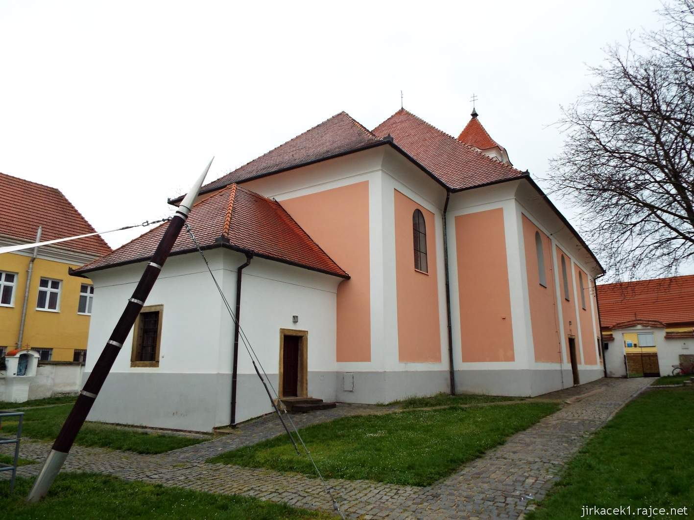 Žarošice - Kostel sv. Anny - zadní část kostela - presbyterium