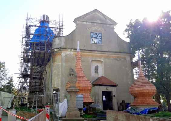 Kostel svatého Václava ve Strupčicích - výměna věží...