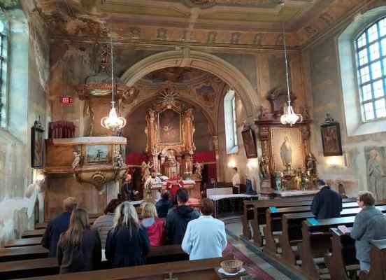 Poutní mše ke cti svatého Václava, mučedníka patrona tohoto kostela.