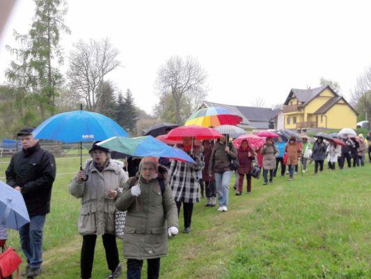 36 Květnovská jarní pouť pro Krušnohorský vikariát byla studená a mokrá...