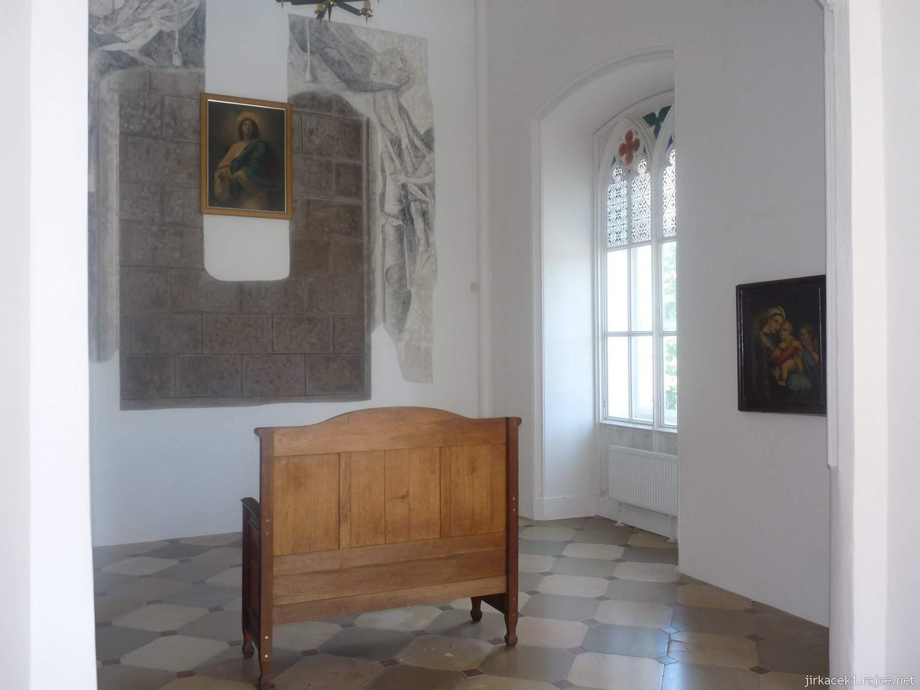 Napajedla - zámek 22 - kaple