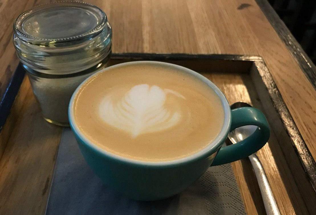 Káva z nemenovanej brnenskej kaviarne Foto:  Alžbeta Kyselicová