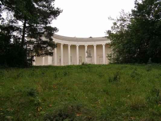 Lednice - chrám Tří Grácií - celkový pohled