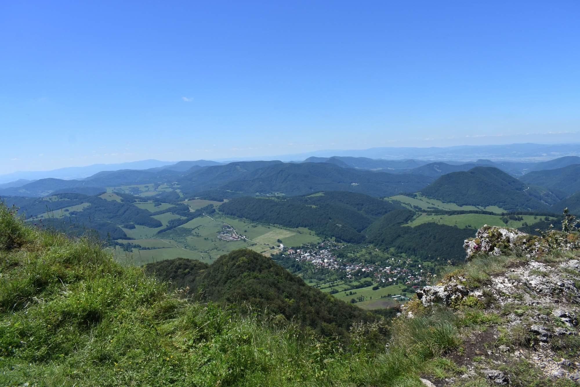 Strážovské vrchy a Súľovské skály