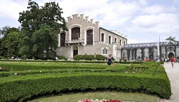 Hluboká - zámek