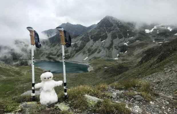 7.9.2021 Pass de Illsee 2545m - ze Švýcarských alp - vysochal Slava, přeposlal Jenda - https://mapy.cz/s/kofunavozu