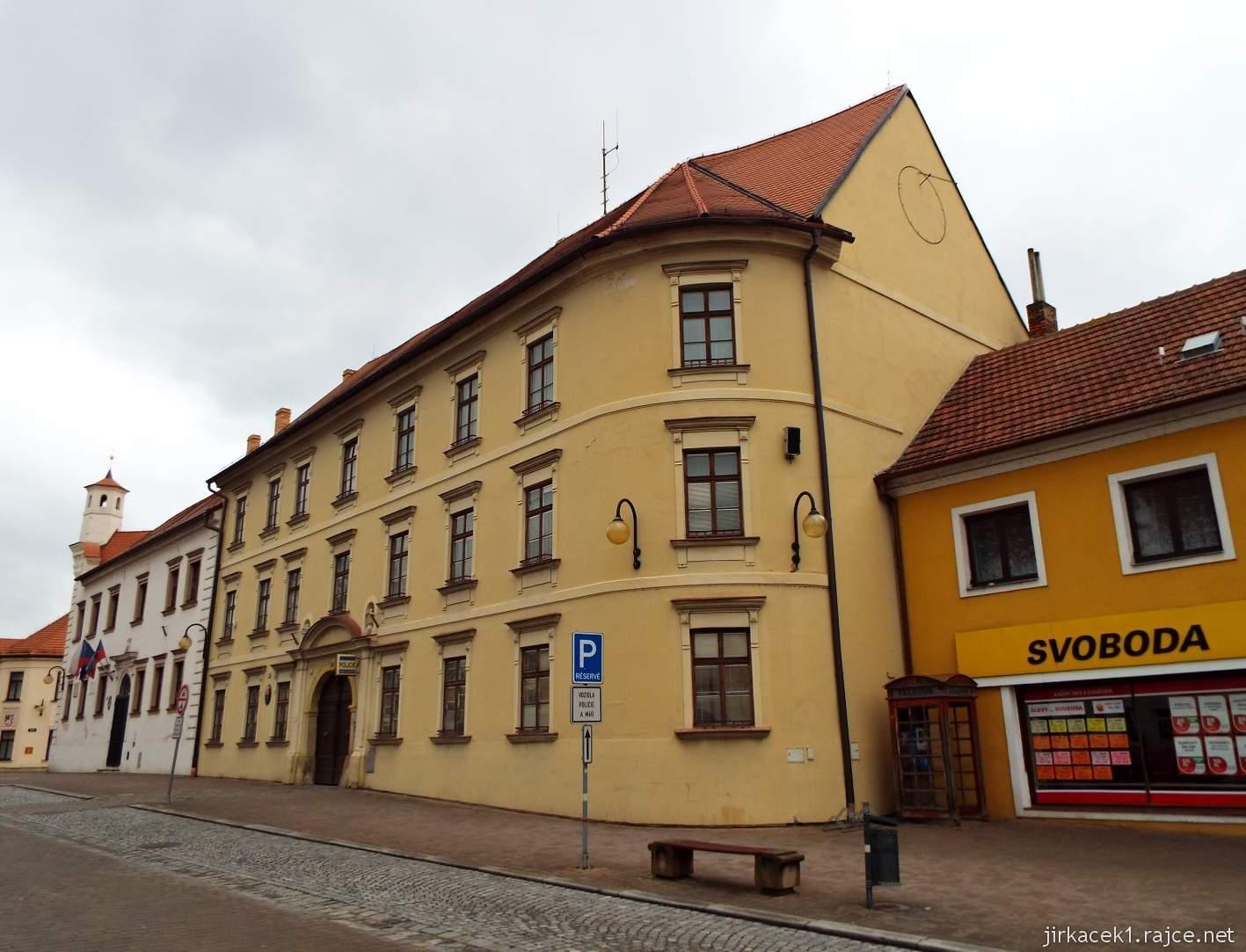 Slavkov u Brna - Palackého náměstí - bývalá soudní budova