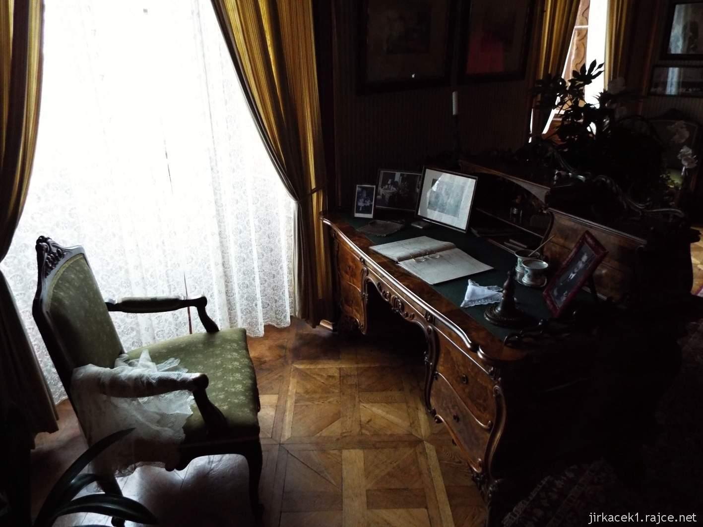 zámek Milotice 25 - interiéry - dětský pokoj