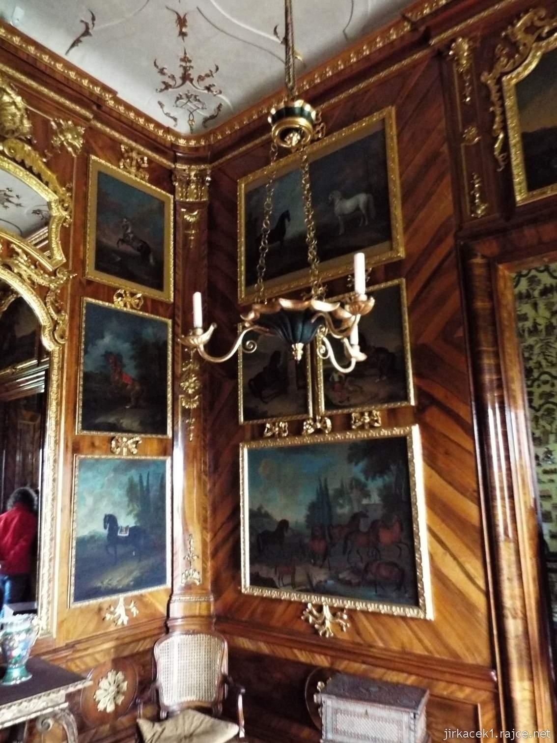 zámek Milotice 30 - interiéry - Kabinet hraběte (též kuřácký salónek)