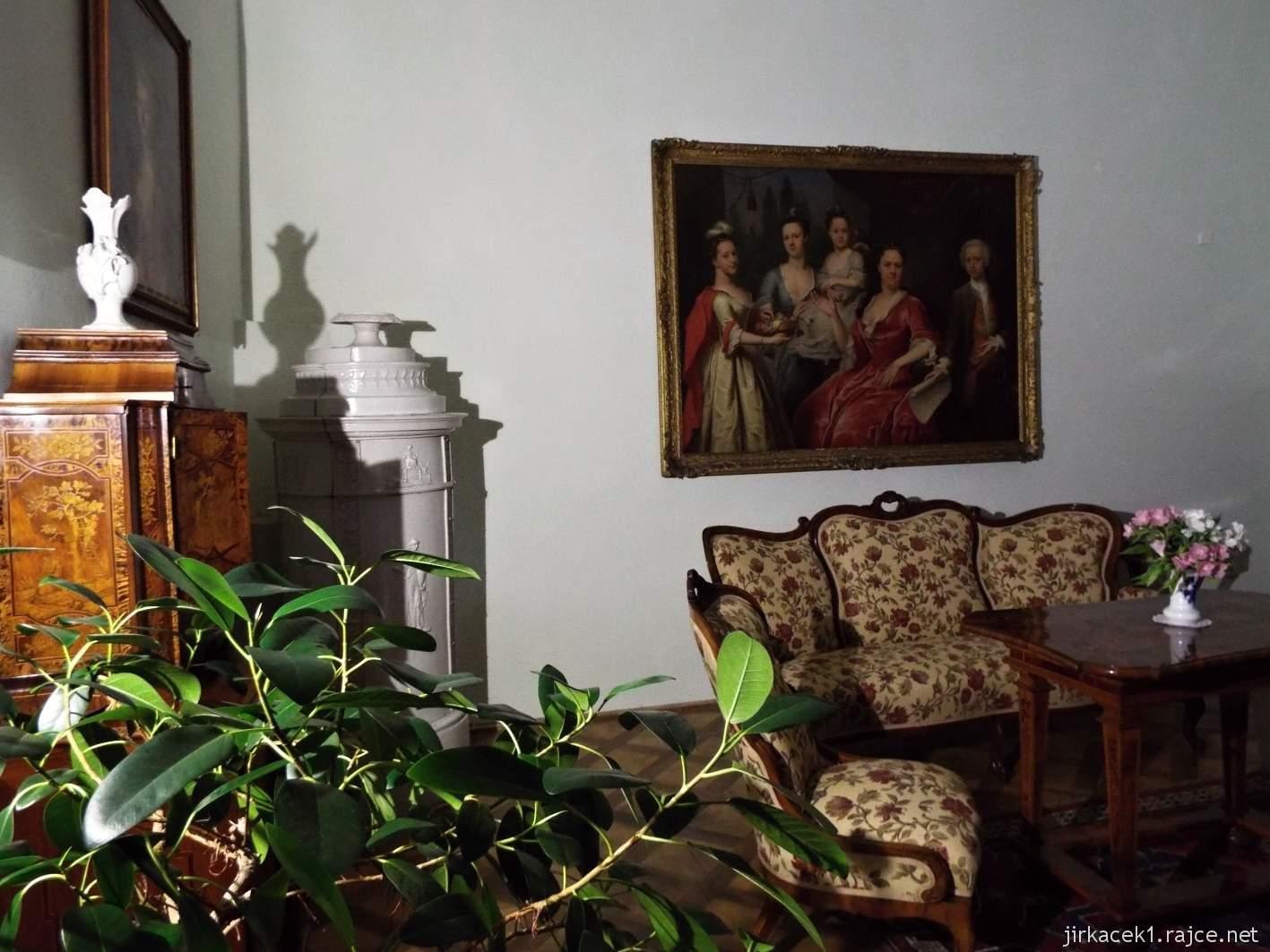 zámek Milotice 49 - interiéry - pokoj pro hosty