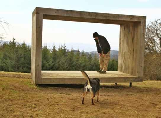 ...když psisko uteklo kolegovi ze záběru....