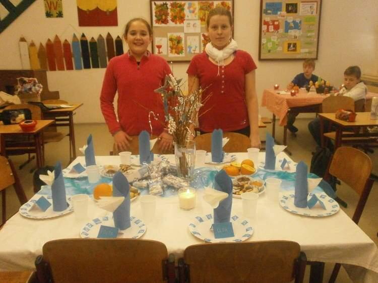 Prostíráme vánoční stůl