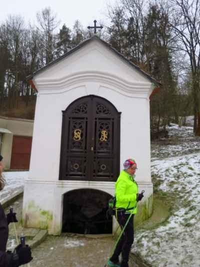 Kaplička sv.Jana s průzračnou vodou