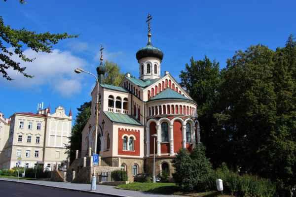 Pravoslavný kostel svatého Vladimíra byl slavnostně otevřen roku 1902. Vyznačuje se krásnou výzdobou.