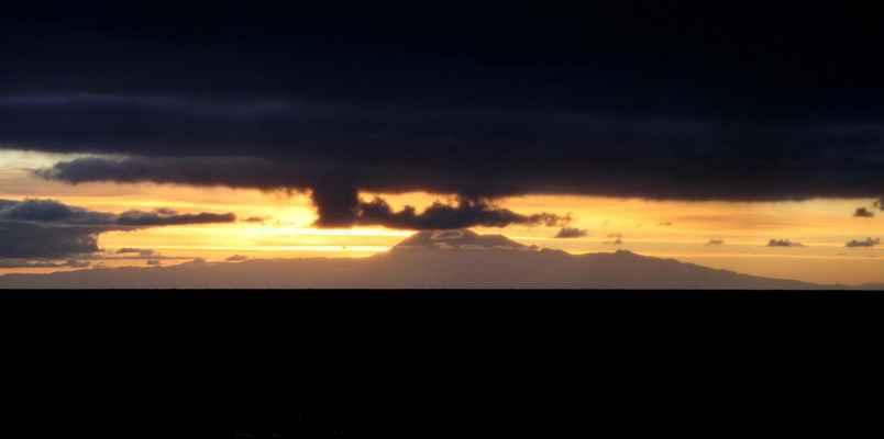 ...Pico Teide na ostrově Tenerife...