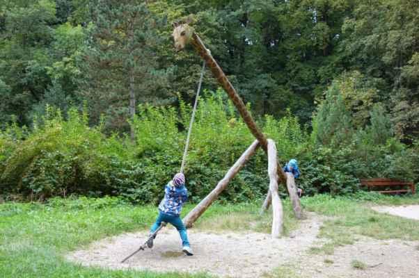 Tohle není houpačka, ale spíš lezačka.