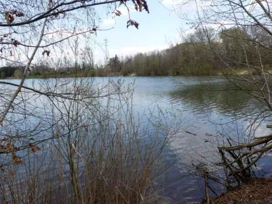 Jezero Mezi Mosty - tady jsem právě zřejmě neměla být.